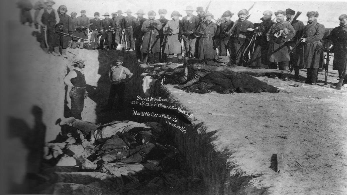 1890 Wounded Knee Katliamı Kaynak: Wikimedia Commons'tan Özgür medya deposu