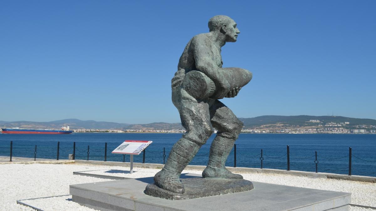 Seyit Onbaşı anıtı - Kilitbahir / Çanakkale - Hakan Şahin